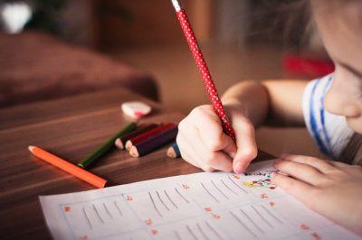 Konzentration bei den Hausaufgaben